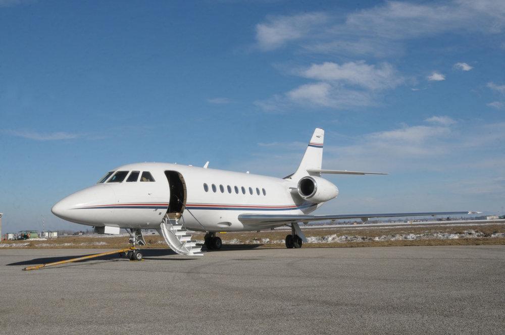 Falcon 2000 For Sale 01.jpg