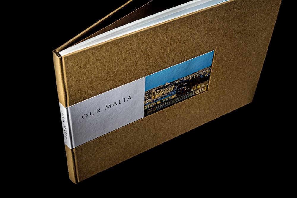 Books 46.jpg