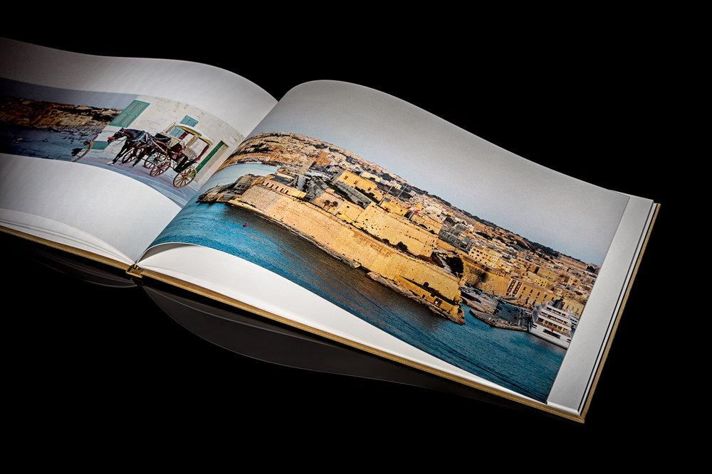 Books 52.jpg