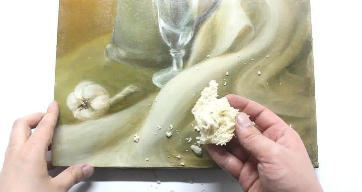 Oil paintings can be cleaned with a piece of bread