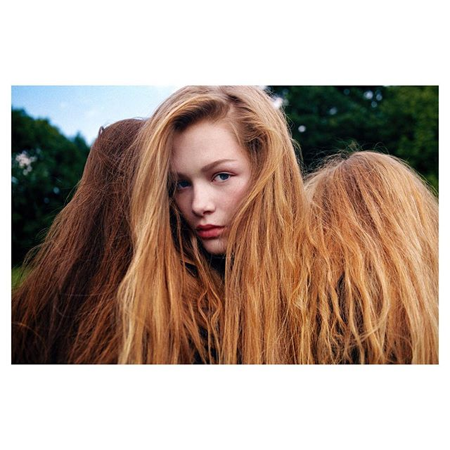 Hollie Fernando @holliefernando represented by @blink_art #holliefernando #women #girls #hair #longhair #portrait #reportage #fashion #archive #forest #equallens #5050photography