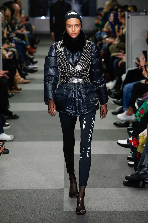 alexander_wang_look_26_ready_to_wear_autumn_2018.jpeg