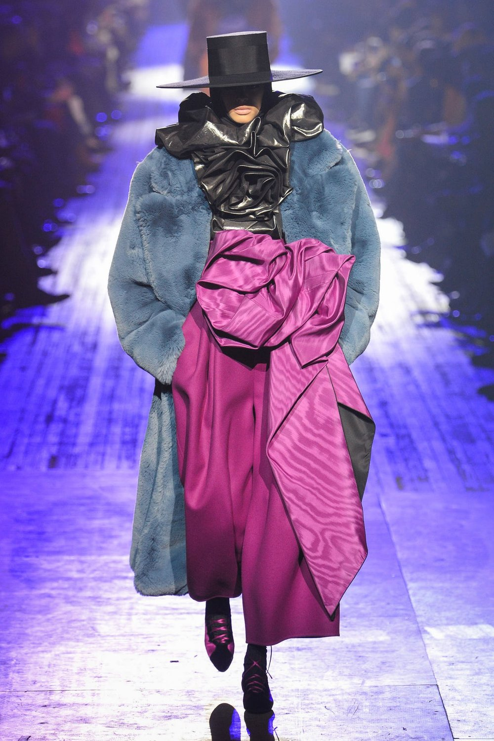 marc_jacobs_look_15_ready_to_wear_autumn_2018.jpeg
