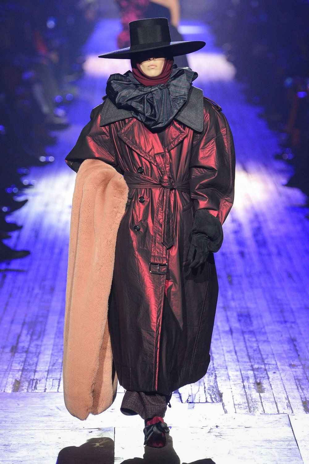 marc_jacobs_look_43_ready_to_wear_autumn_2018.jpeg