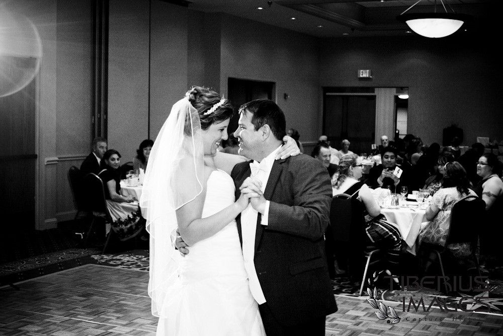 st georges wedding photos, wedding reception at grand rapids hilton, grand rapids wedding, grand rapids wedding photos, grand rapids wedding photography (35)