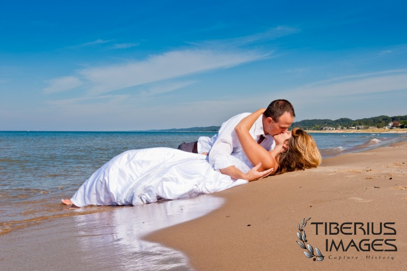 lake michigan trash the dress, grand rapids wedding photographer (3)