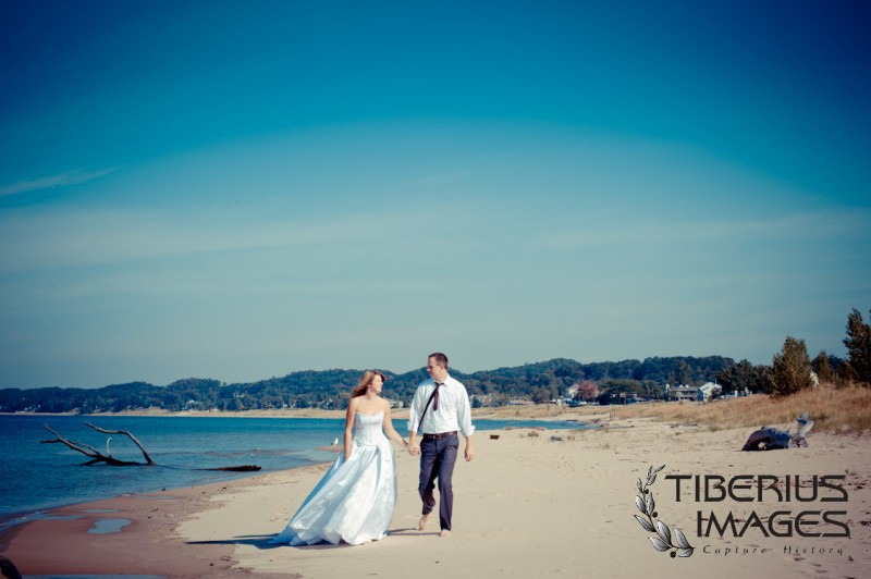 lake michigan trash the dress, grand rapids wedding photographer (10)