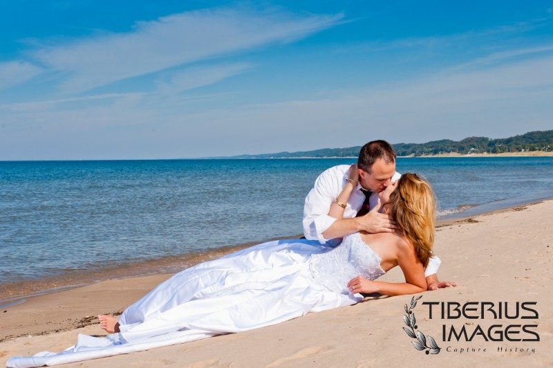 lake michigan trash the dress, grand rapids wedding photographer (6)