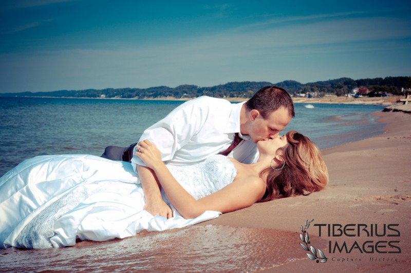 lake michigan trash the dress, grand rapids wedding photographer (4)