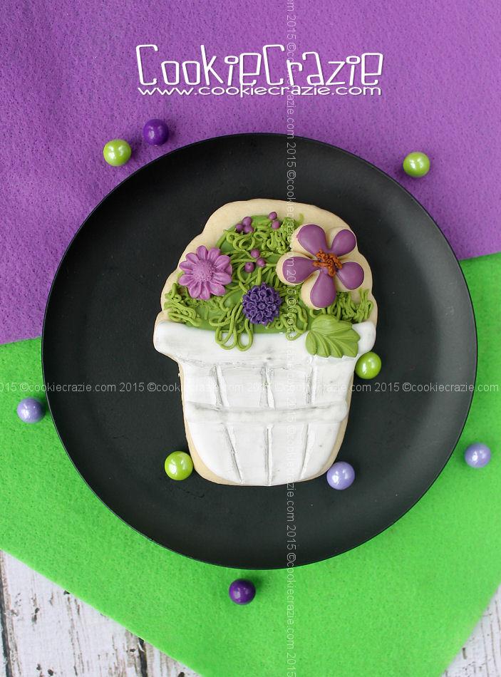 /www.cookiecrazie.com//2015/04/white-basket-of-flowers-cookie-tutorial.html