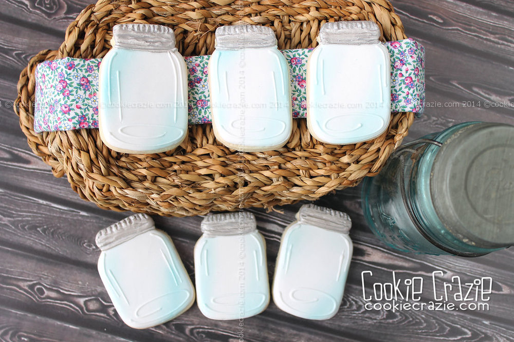 http://www.cookiecrazie.com/2014/06/wedding-mason-jar-cookies-tutorial.html