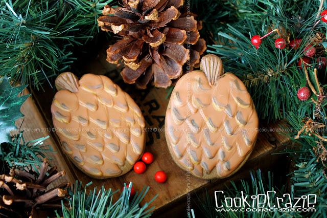 /www.cookiecrazie.com//2013/12/pinecone-cookies-tutorial.html
