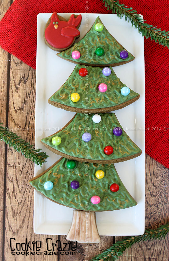 /www.cookiecrazie.com//2014/12/gingerbread-house-tutorial.html