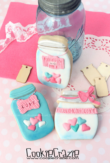 /www.cookiecrazie.com//2016/02/mason-jar-cookies-filled-with-love.html
