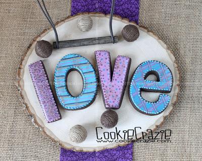 /www.cookiecrazie.com//2015/02/purple-blue-valentine-cookie-collection.html