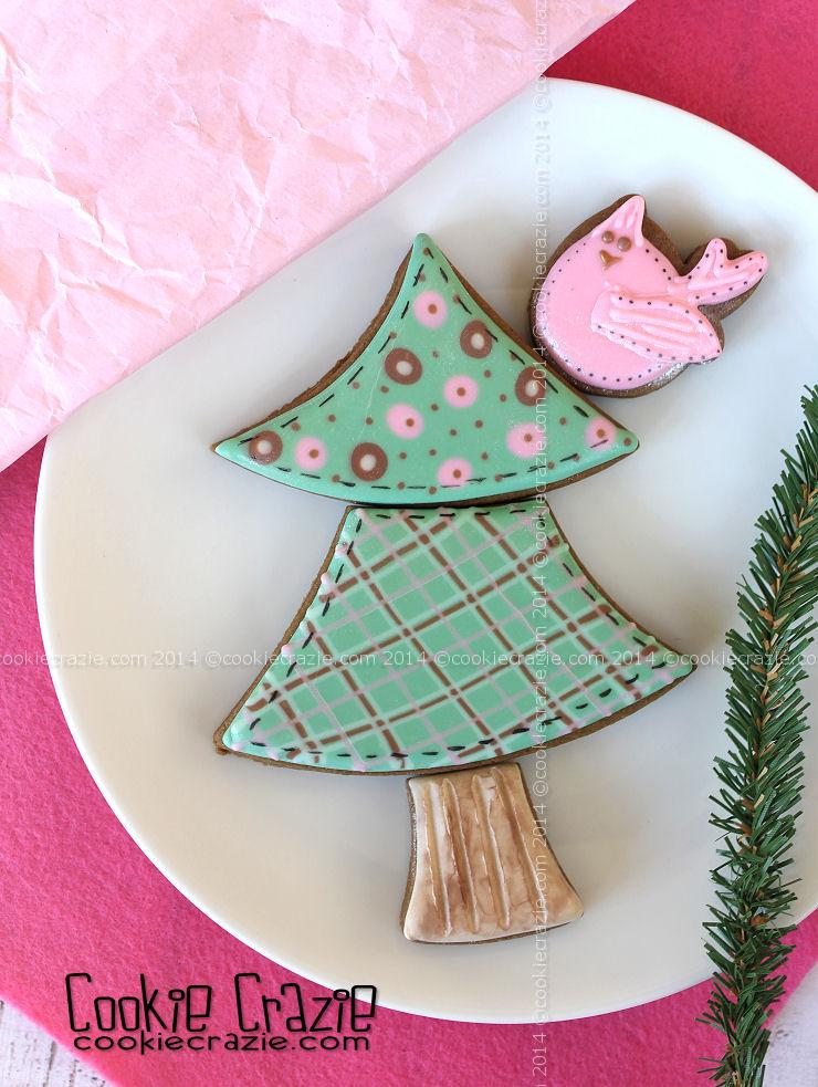 /www.cookiecrazie.com//2014/12/homespun-winter-tree-cookies-with.html