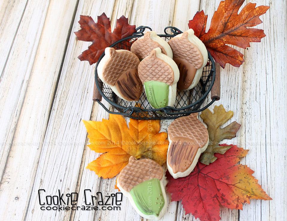 /www.cookiecrazie.com//2014/10/acorn-cookie-tutorial.html
