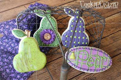 /www.cookiecrazie.com//2014/10/pear-cookie-tutorial.html