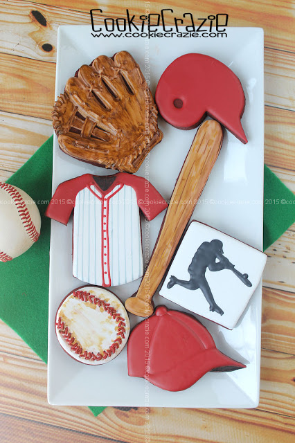 /www.cookiecrazie.com//2015/08/jakes-baseball-cookie-collection.html