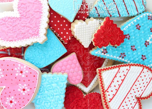 /www.cookiecrazie.com//2015/02/textured-valentine-heart-cookie.html
