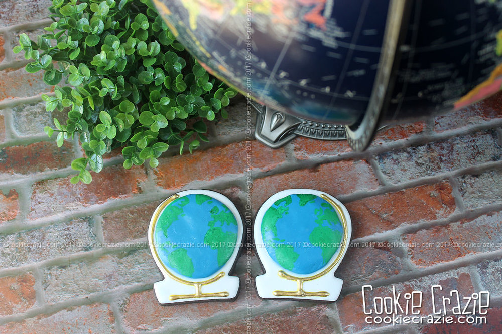 World Globe Decorated Cookies (Tutorial)