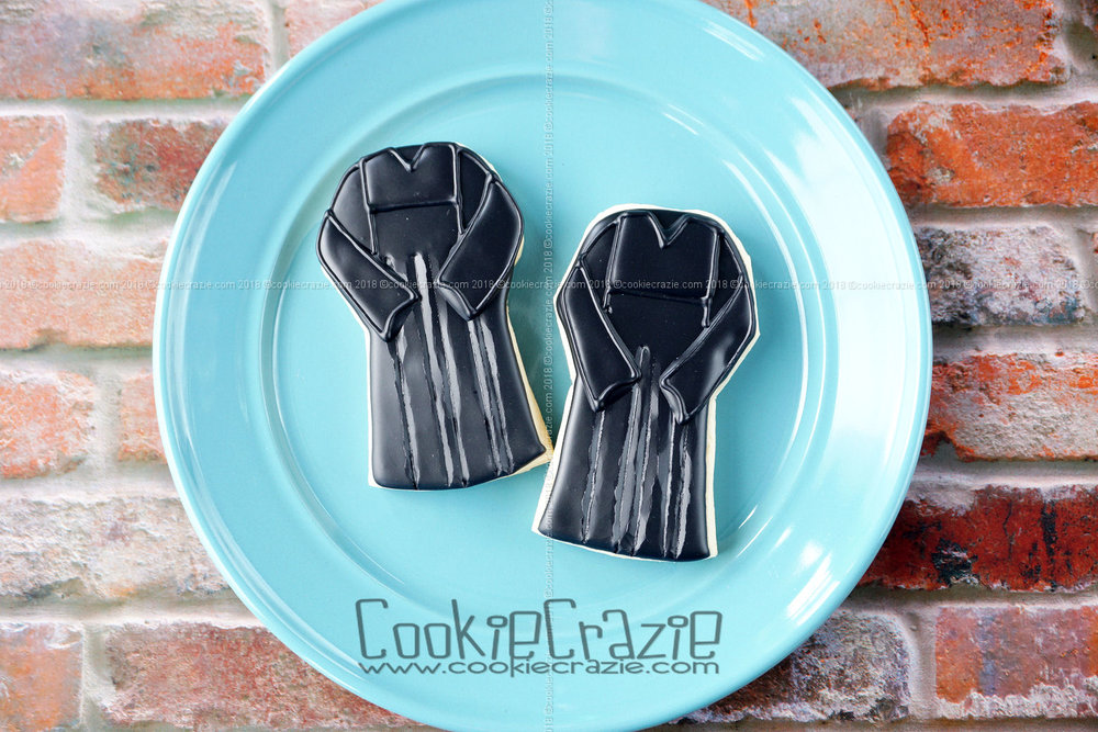 Graduation Gown Decorated Sugar Cookie YouTube video  HERE