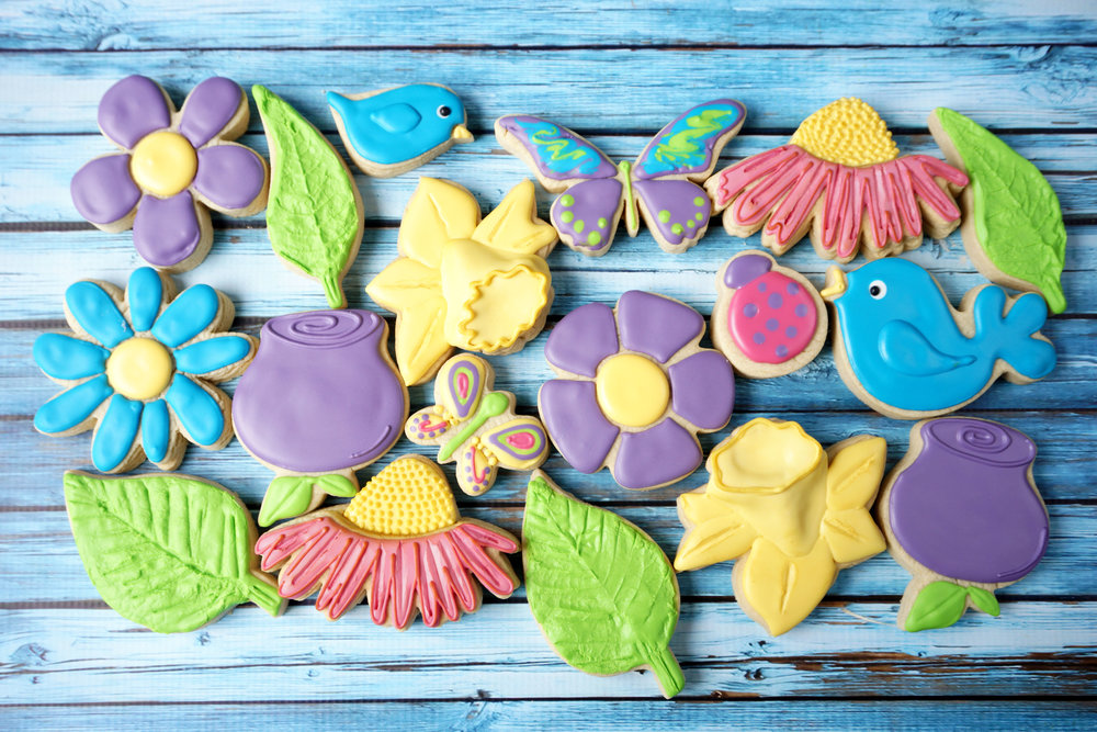 Spring Into Flowers Decorated Cookie Collection