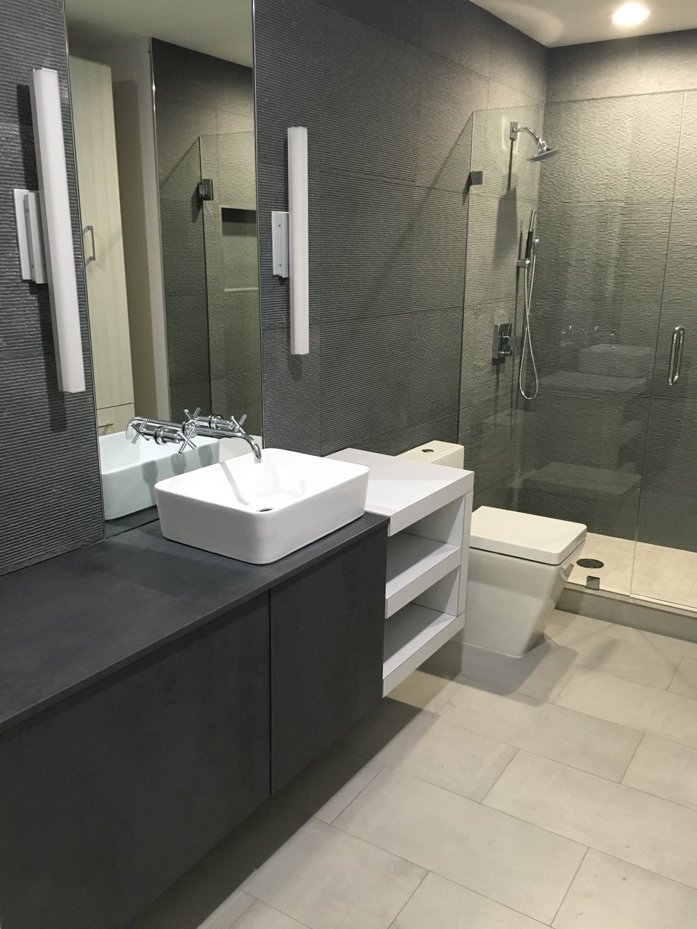 bathroom (12).JPG