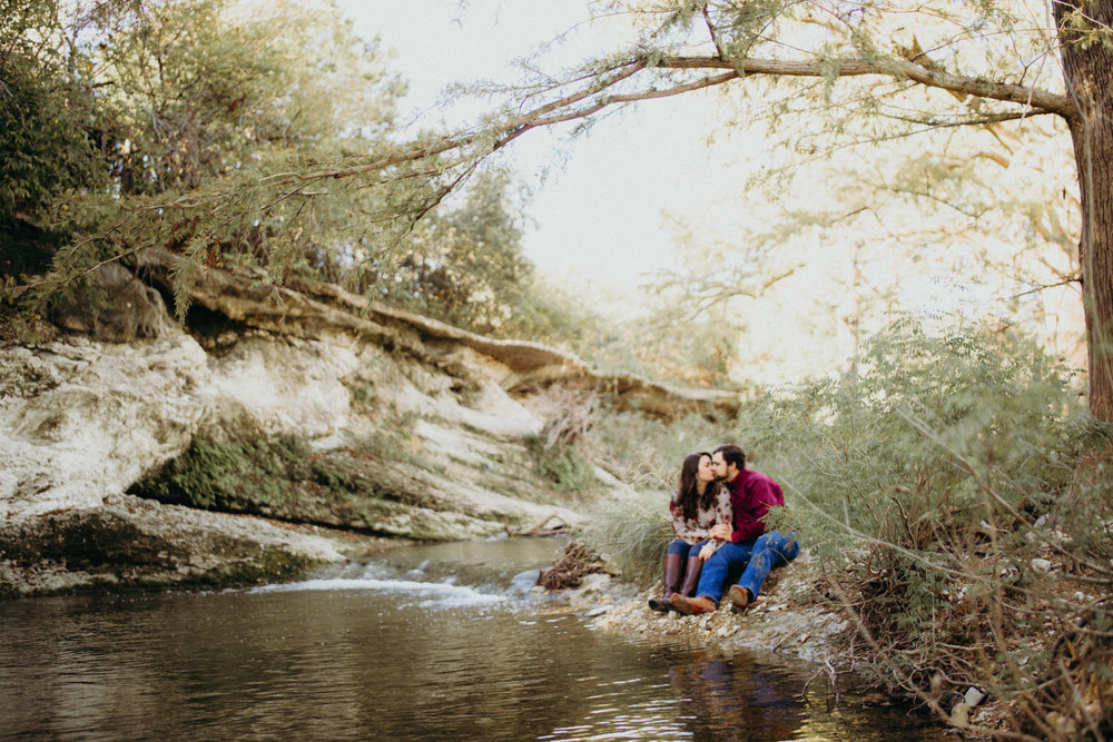 Hailie & Zachry Mckinney Falls -- warm water (5 of 8).jpg