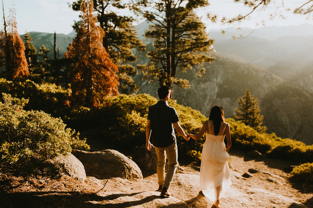 Sunrise at Glacier Point Yosemite Engagement Session-32.jpg