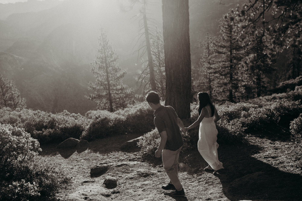 Sunrise at Glacier Point Yosemite Engagement Session-33.jpg