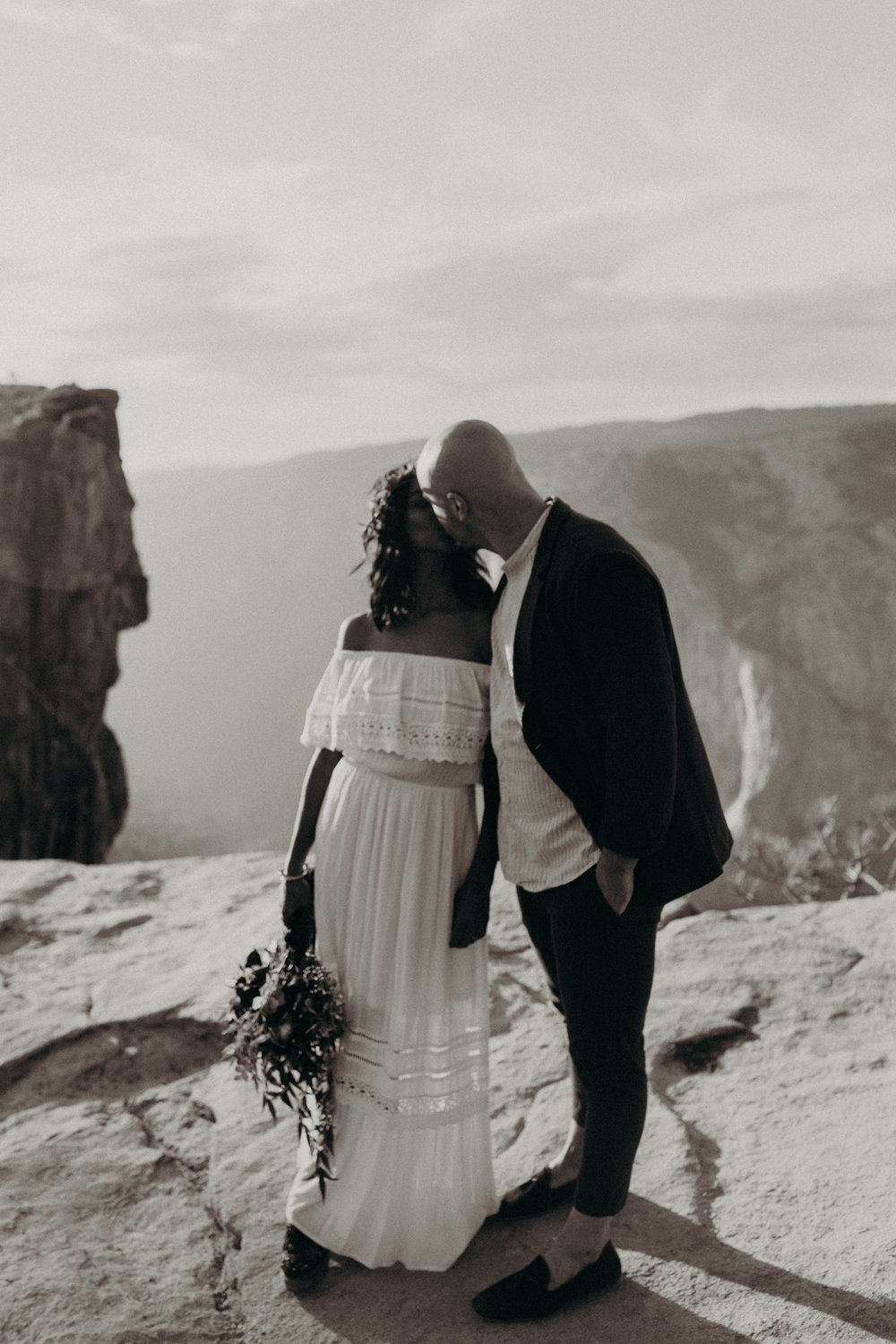 Yosemite Elopement Sunset Taft Point-48.jpg