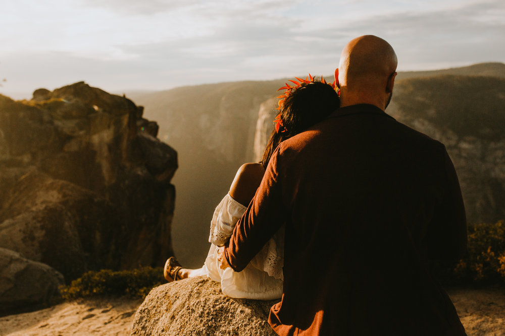 Yosemite Elopement Sunset Taft Point-65.jpg