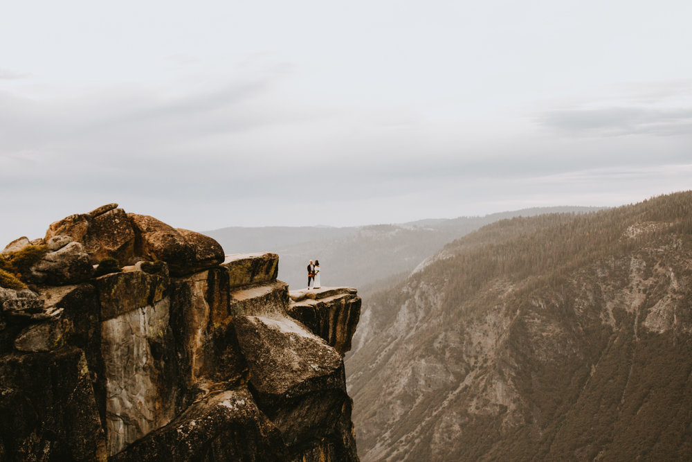 Yosemite Elopement Sunset Taft Point-81.jpg