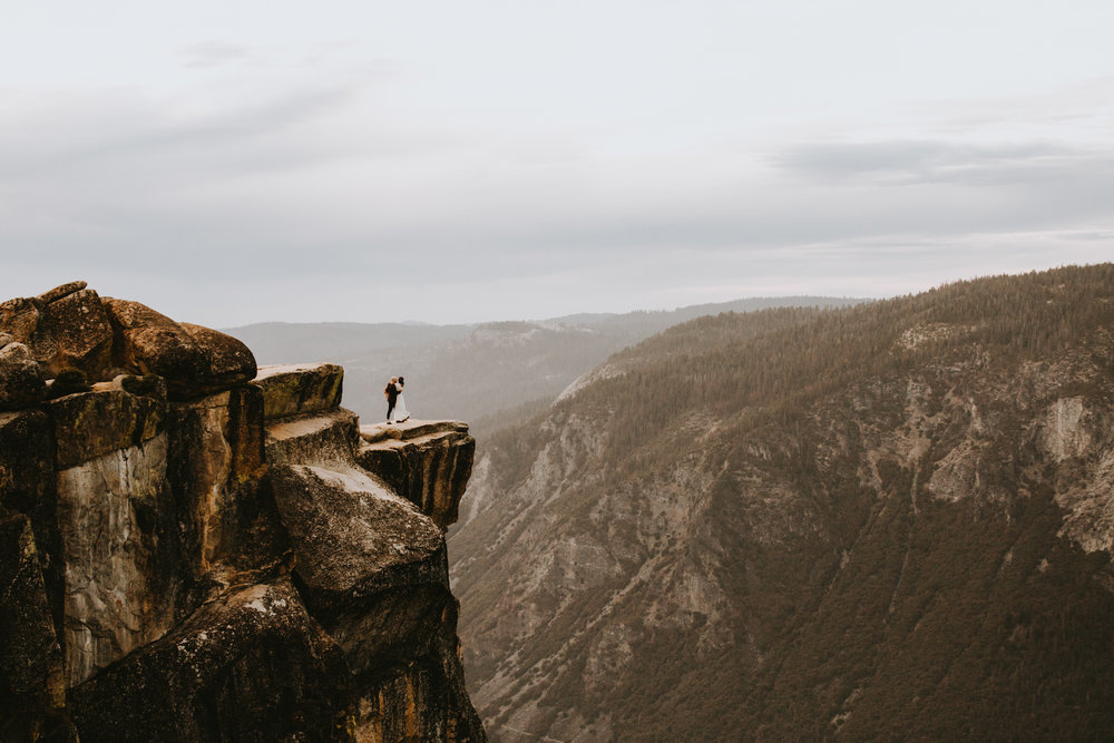 Yosemite Elopement Sunset Taft Point-85.jpg
