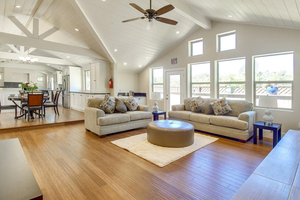 Living Room 1 2.jpg