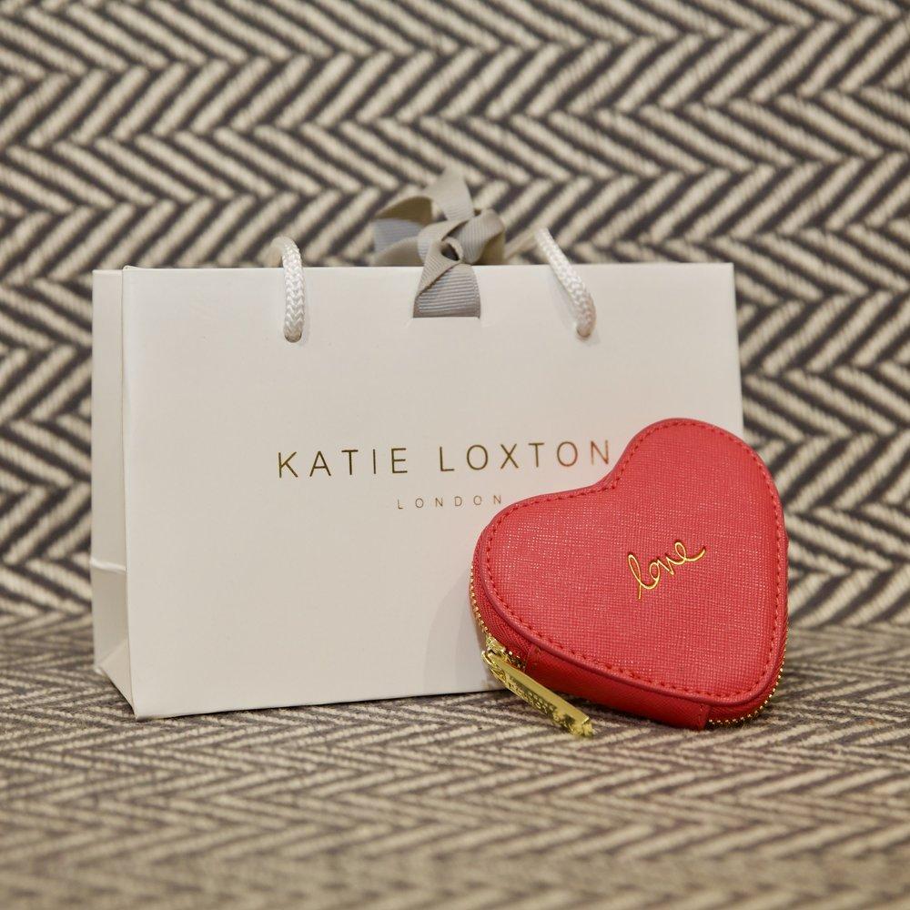 coin purse wild heart bridal cream rochester pink.jpeg