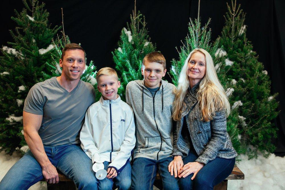 138_ChristmasForGwinnett_Fri_.jpg