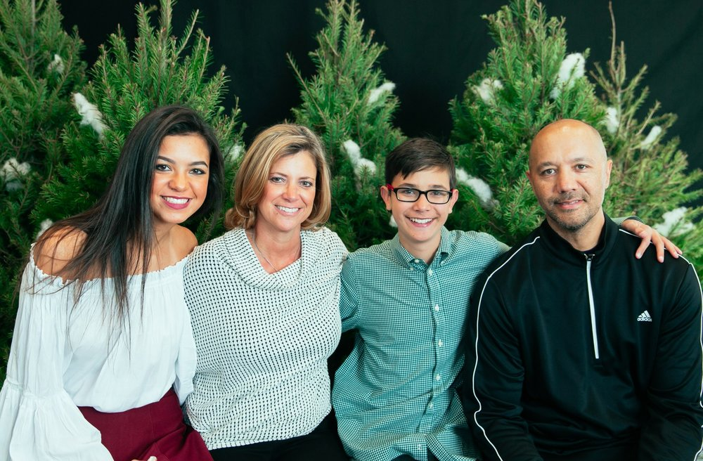 5_ChristmasForGwinnett_Sat_.jpg