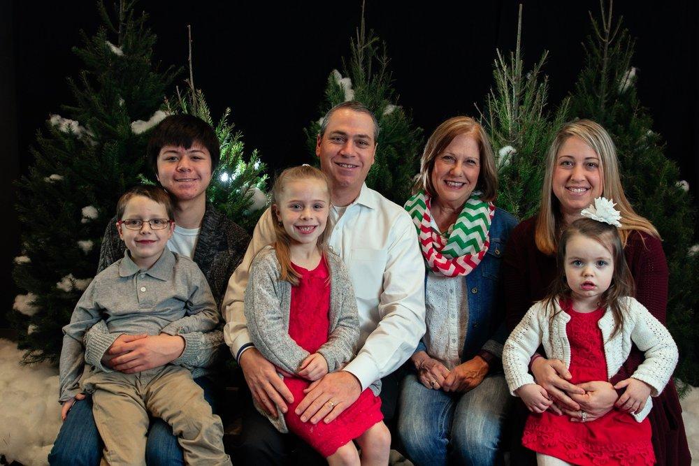 144_ChristmasForGwinnett_Sat_.jpg