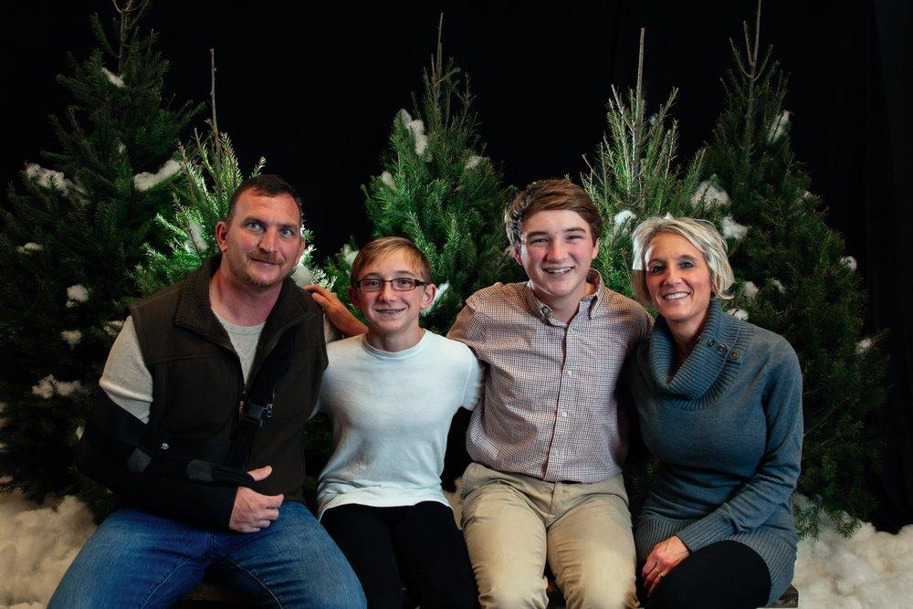 155_ChristmasForGwinnett_Sat_.jpg