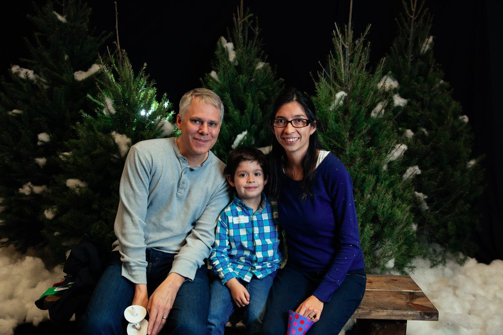 176_ChristmasForGwinnett_Sat_.jpg