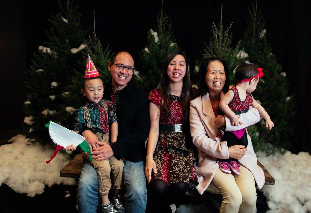 194_ChristmasForGwinnett_Sat_.jpg