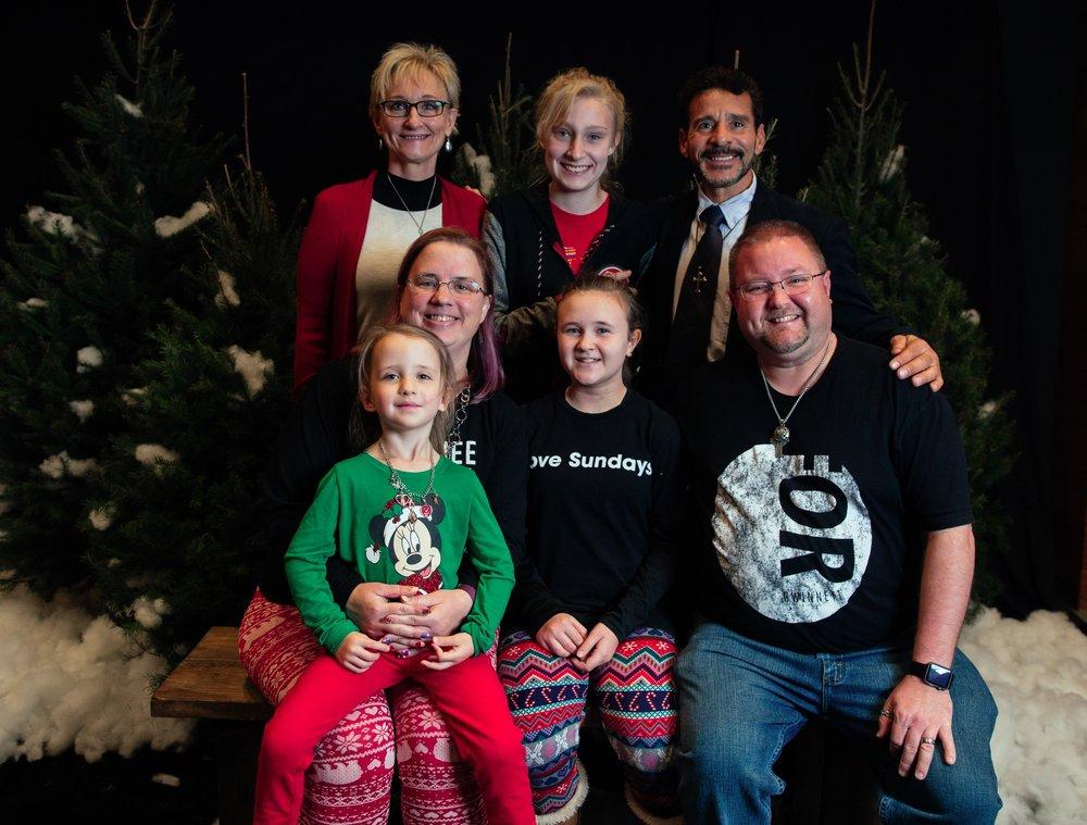 242_ChristmasForGwinnett_Sat_.jpg