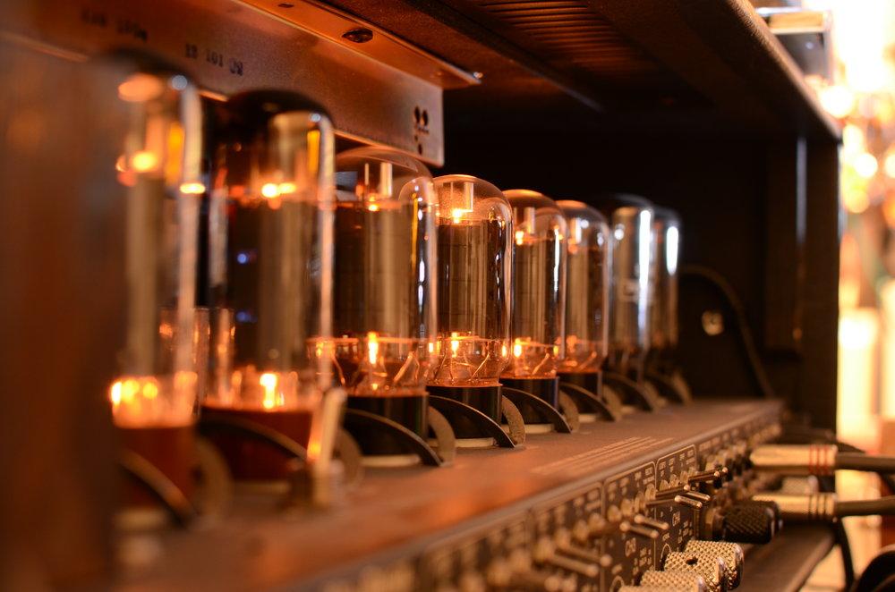 Mesa tubes DSC_1101 copy.JPG