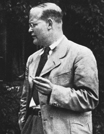 Pastor Bonhoeffer.jpg