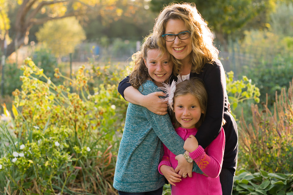 mom with daughters-San Ramon lifestyle photographs