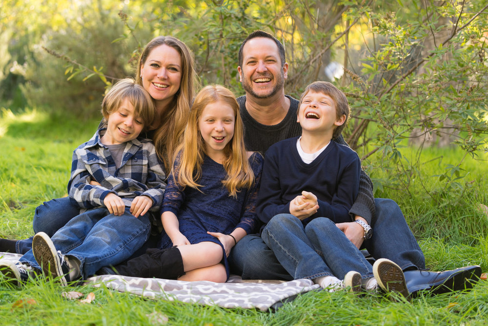Family of five at the gardens-San Ramon photographer