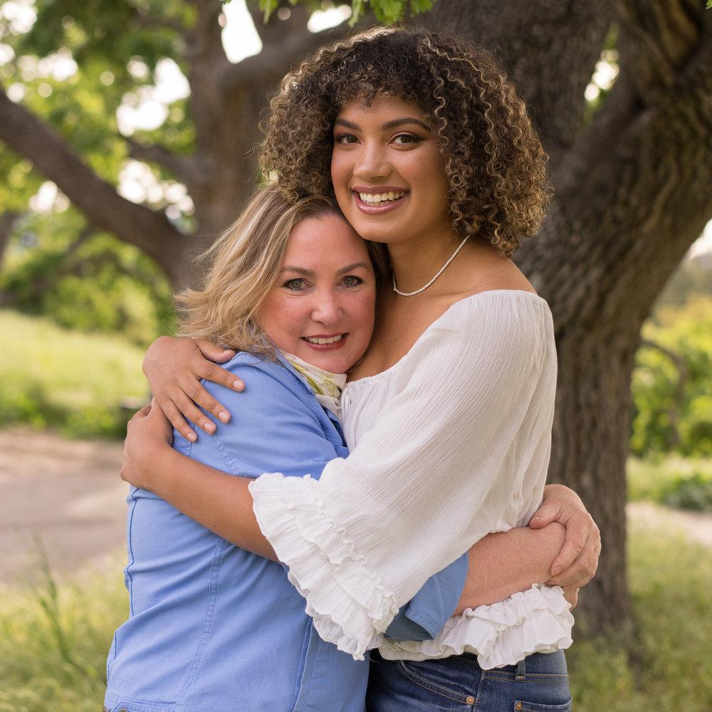 senior hugging mom-Danville CA photography