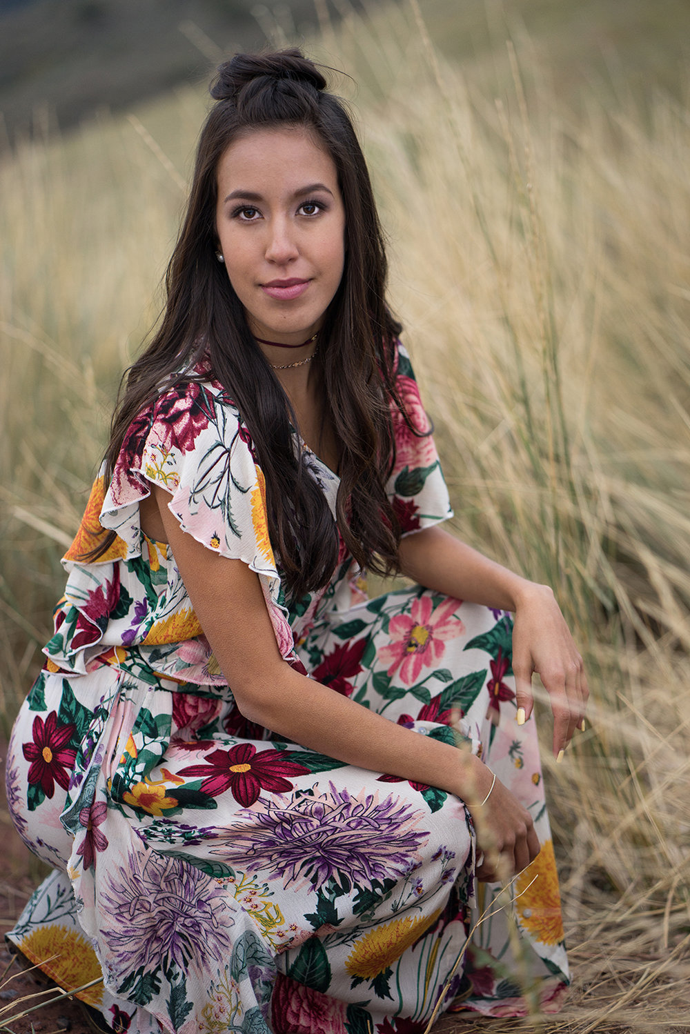 senior in tall grass-San Francisco Bay senior photographer